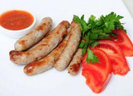 Острые колбаски гриль из говядины и баранины