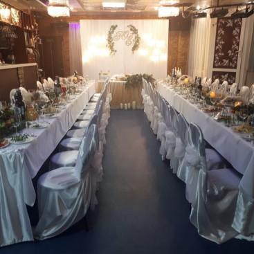 Большой зал кафе Лавр